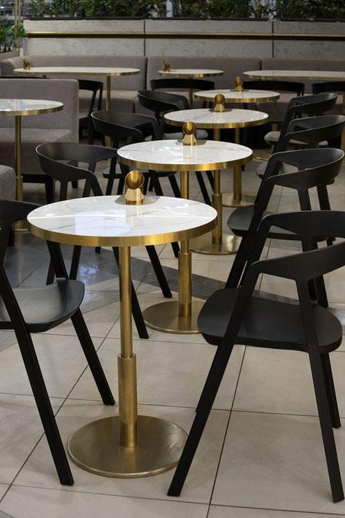 Bàn cafe chân sắt mặt tròn cho quán nước và gia đình